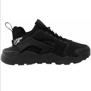 New Nike Air Huarcahe Run Black Sneakers Sz 8.5
